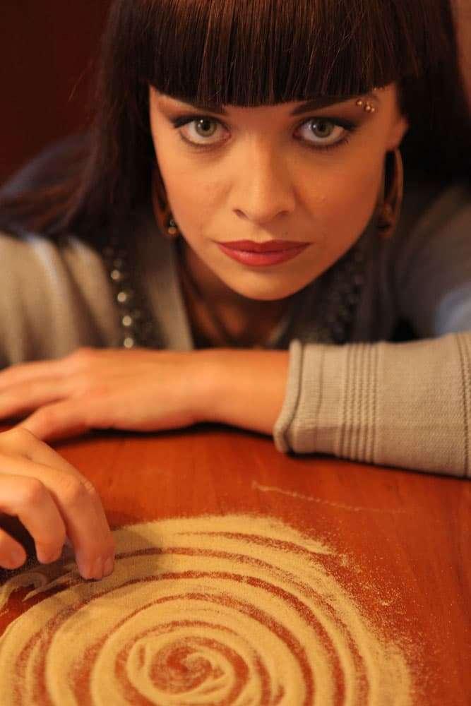 Kseniya Simonova, ukrainsk sandkunstner